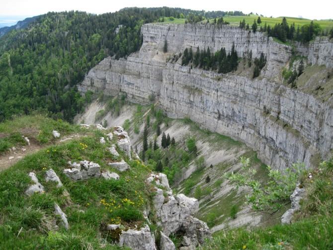 Chemin des Crêtes du Jura : le Creux du Van et le Chasseron