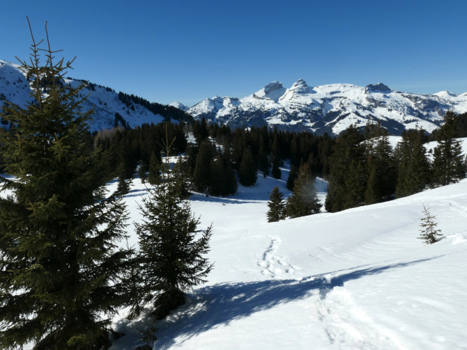 Col de Soud–Lac des Chavonnes**